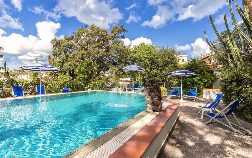 Hotel Vittoria - Ischia Porto - 3 stelle
